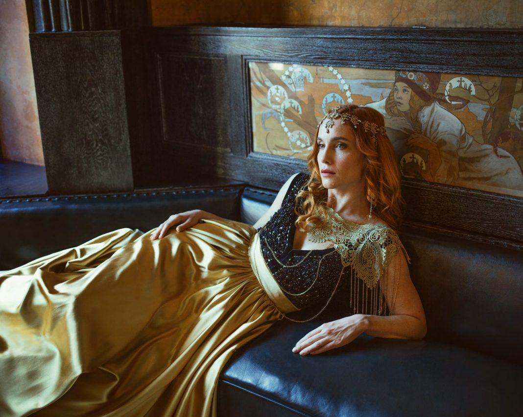 Photography: Marketa Novak Model: Hana Vágnerová Gown: PONER Mua: Lenka Odehnalová