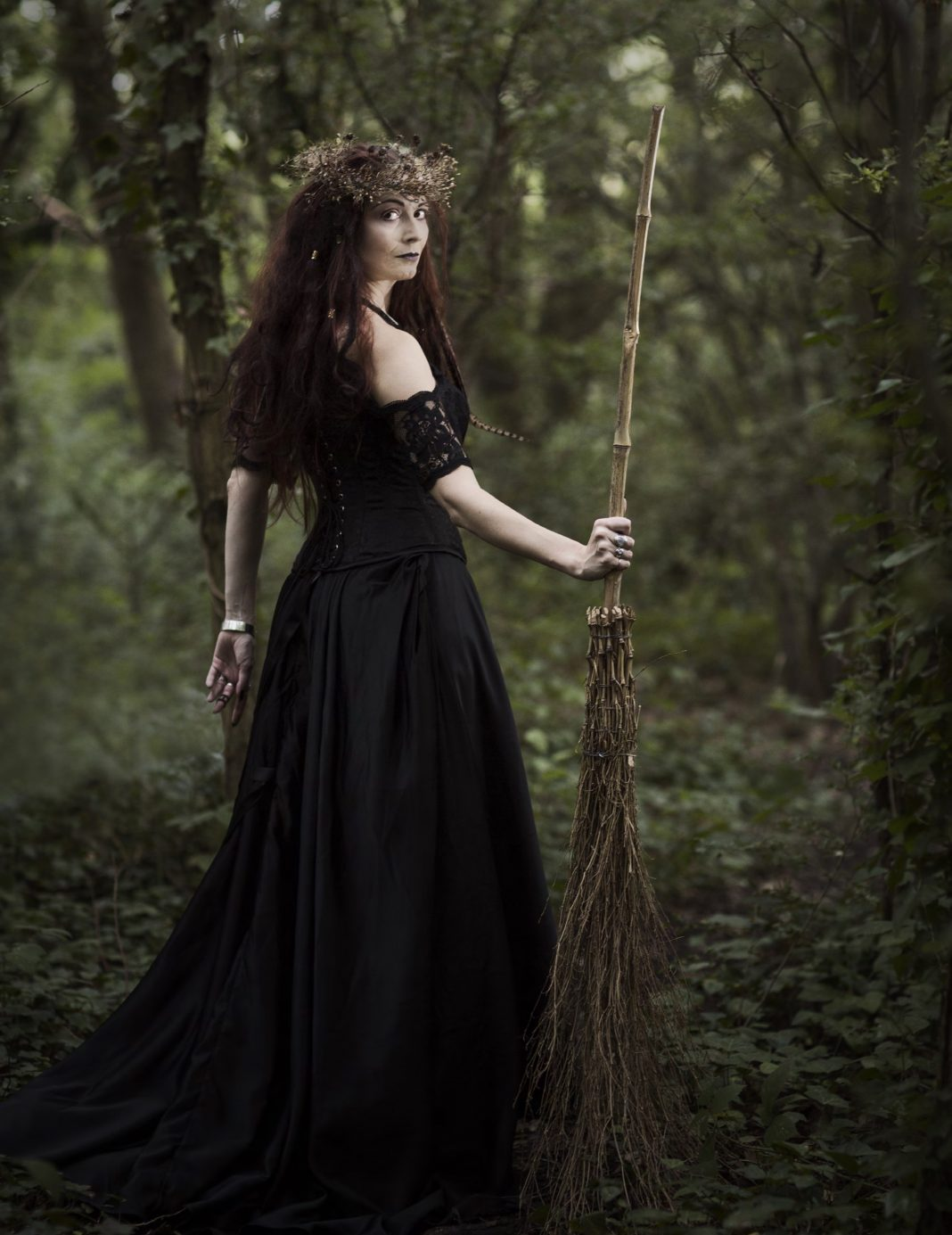 Photography by Ange Harper Model- The Druidess Of Midian, Alice Hoffman, Enchanted Living Magazine
