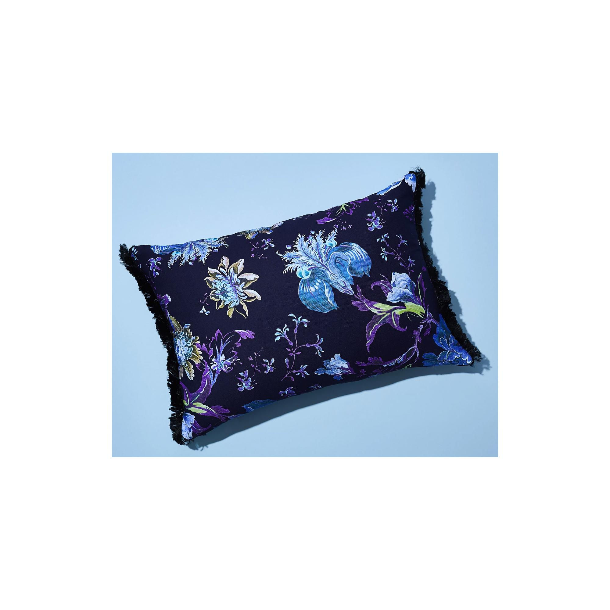 PLOVER ORGANICS VICTORIANA THROW PILLOWS