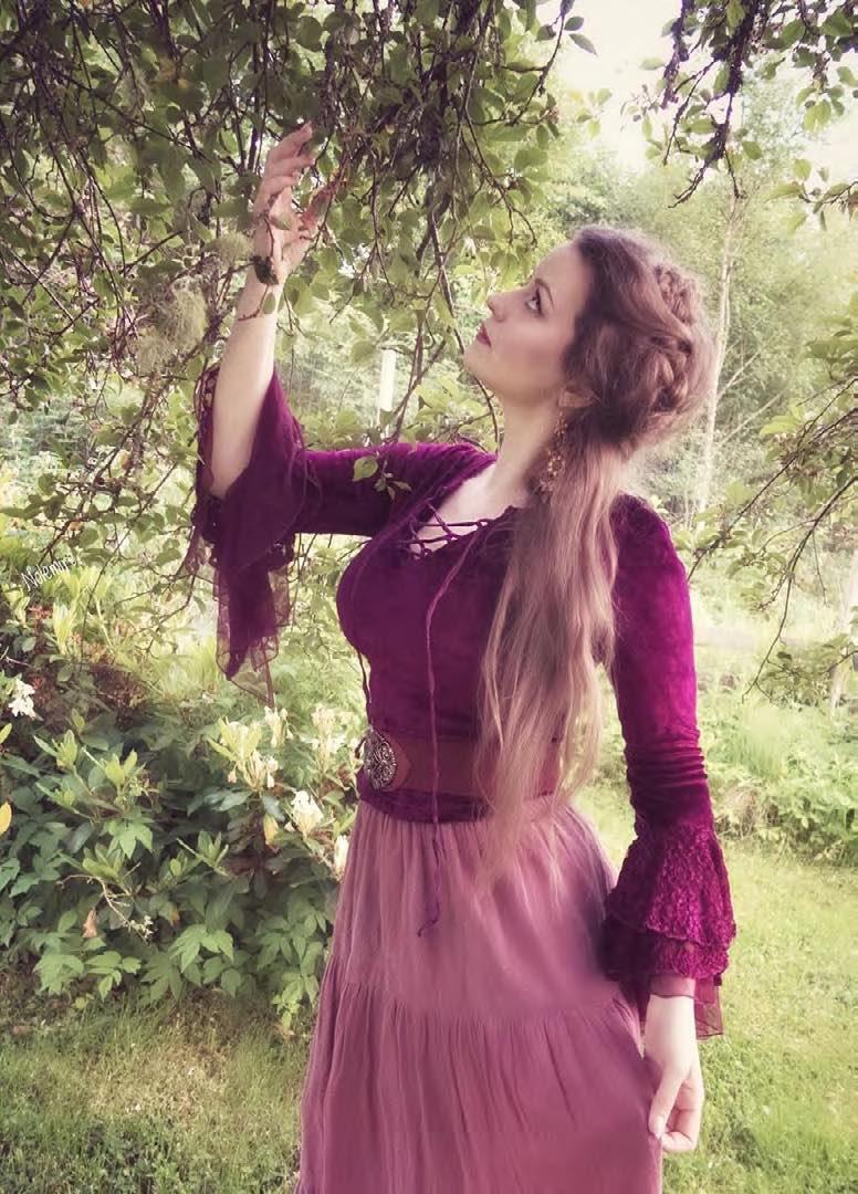 Witch Cottage Aesthetic - Camilla Rose Gjertsen -04