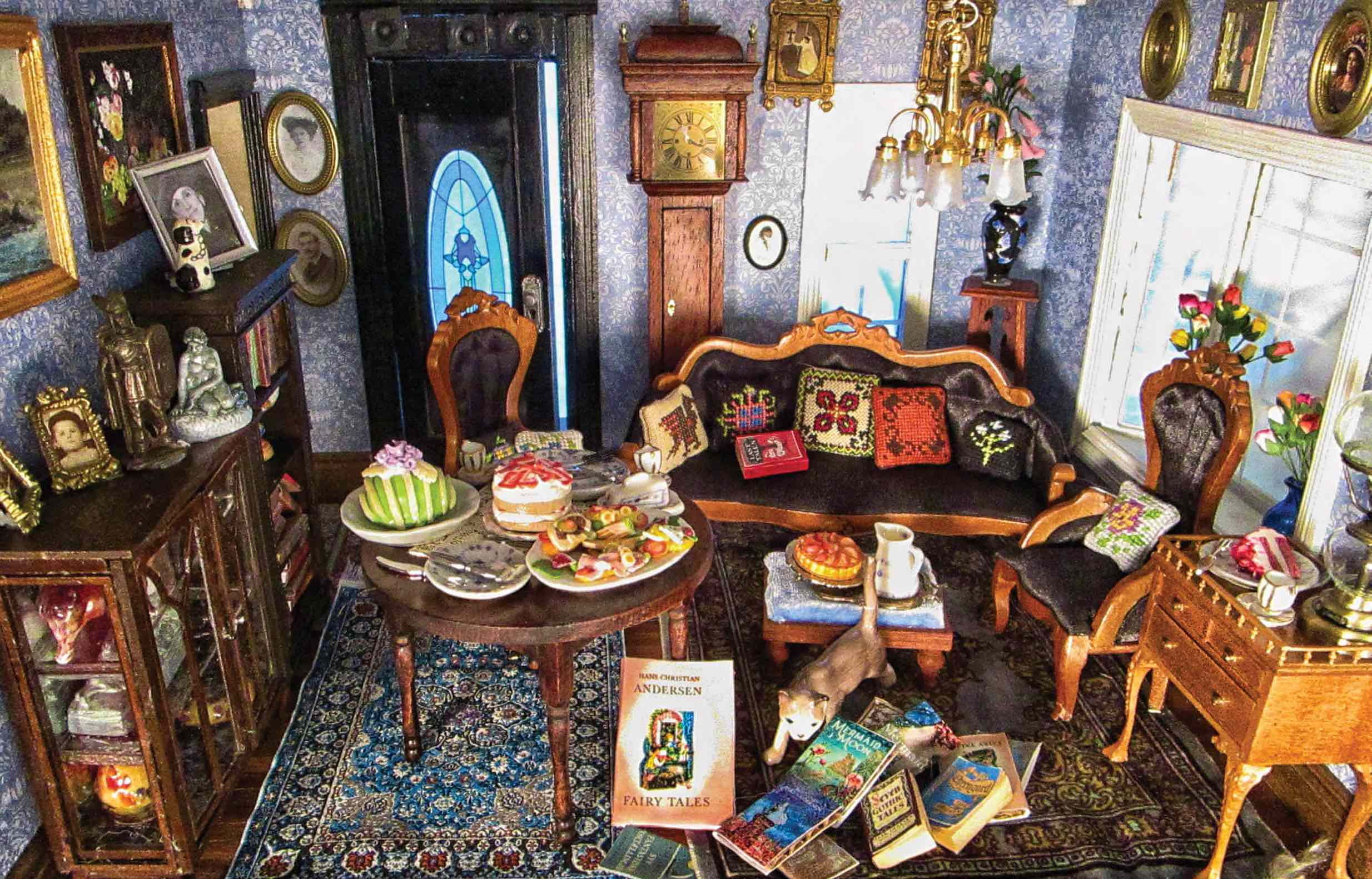 A dollhouse tribute to Mindet by the author